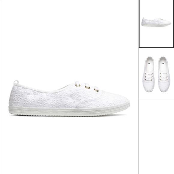 H\u0026M Shoes | Hm White Canvas Sneakers